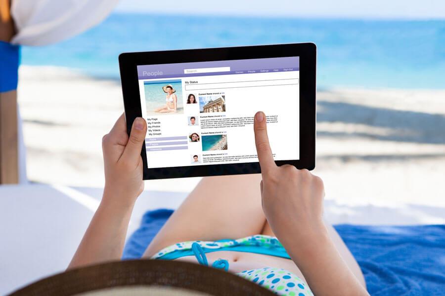 11362a-uso-redes-sociales-viajar-vacaciones